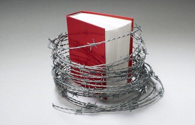 من لا يقرأ كتاب العودة إلى الإسلام أو يقرأه ولا يستفيد منه؟